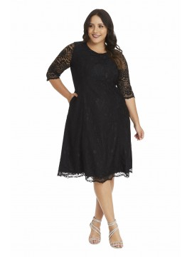 Madeline Scalloped Lace Dress in Black