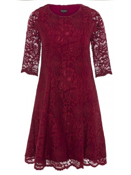 Madeline Scalloped Lace Dress in Deep Red