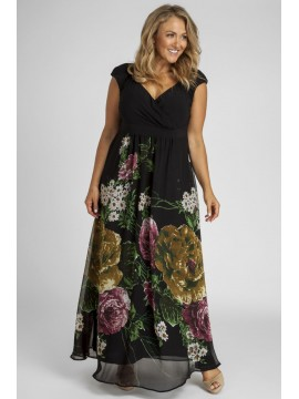 Plus Size Maxi Dress in Floral