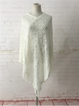 Light Weave Poncho in Cream