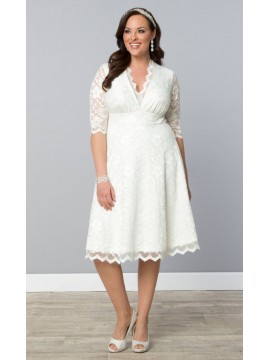 Kiyonna Wedding Belle Lace Dress in Ivory