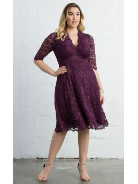 Kiyonna Mademoiselle Scalloped Lace Dress in Berry