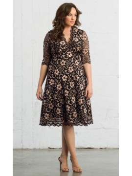 Kiyonna Mademoiselle Scalloped Lace Dress in Rose Gold