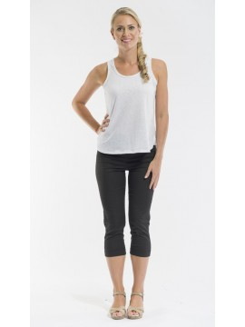 Ladies Pull On Crop Pant in Black