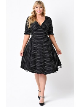 Vintage Delores Dress in Black Dot